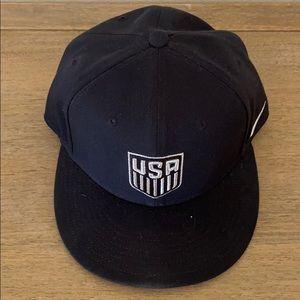 Nike Accessories - NIKE USA Soccer Core True Flat Bill Snapback